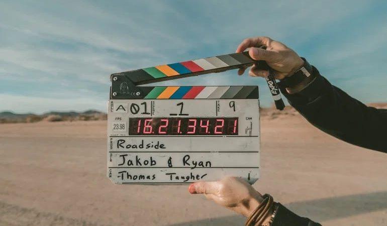 لماذا ينسب نجاح الأفلام للمخرجين؟ رحلة لعالم الإخراج السينمائي