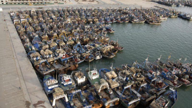 إغلاق ميناء مدينة العيون إلى إشعار آخر