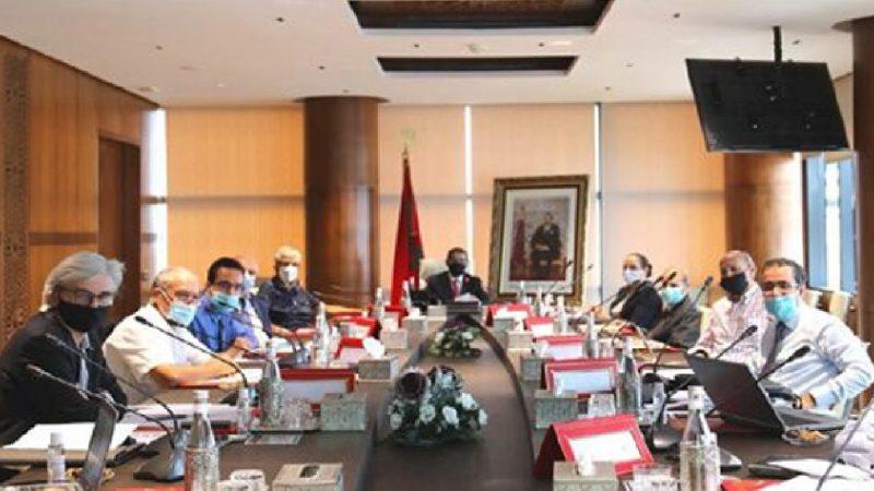 اقتصاديون وخبراء مغاربة يلتقون بالعثماني لمواجهة آثار جائحة كورونا