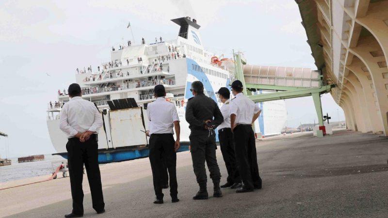 اكتشاف إصابات بكورونا بين ركاب سفينة قادمة من فرنسا صوب المغرب