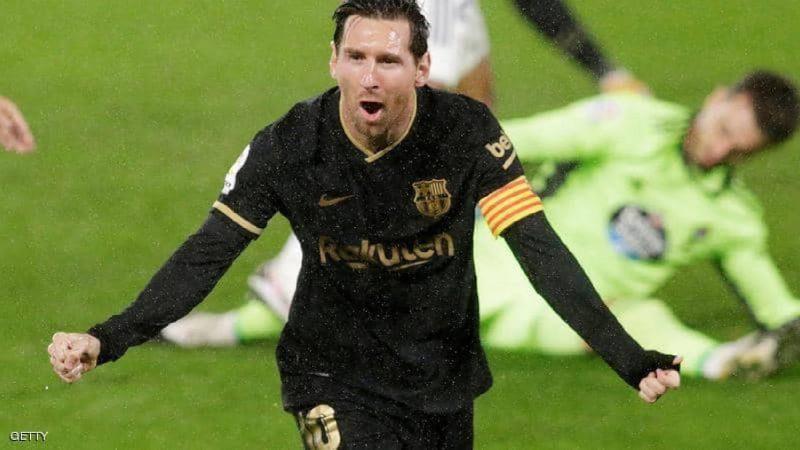 برشلونة يحقق فوزا كبيرا في فيغو رغم طرد في الشوط الأول