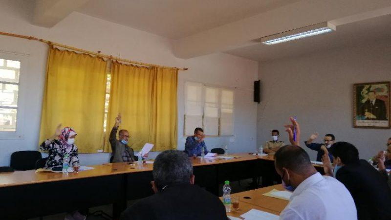 بلدية تحناوت توافق على خلق لجنة لمراقبة أسعار 'باركينغ' السوق الاسبوعي