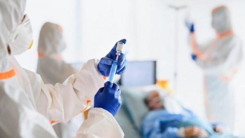 وزارة الصحة تبحث سبل انجاح عملية التلقيح ضد كوفيد19