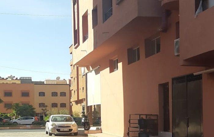 سكان عمارة بحي الازدهار يشتكون من الضرر الناجم عن مخبزة.. وصاحب المشروع يعتبرها شكاية كيدية