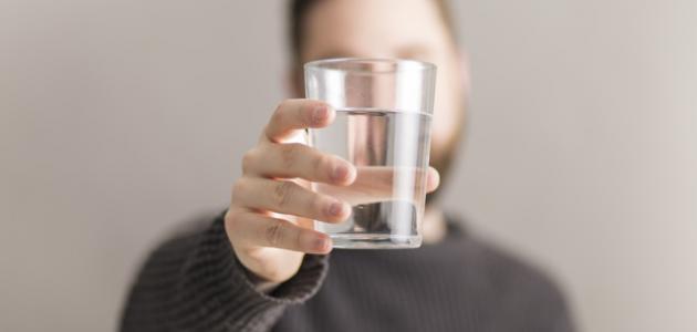 علامات تدل على نقص الماء في جسمك