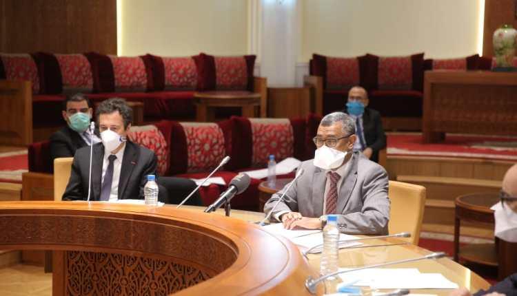 لجنة المالية توافق على تعديل الضريبة على الأجور التي تبتدئ من 10 آلاف درهم