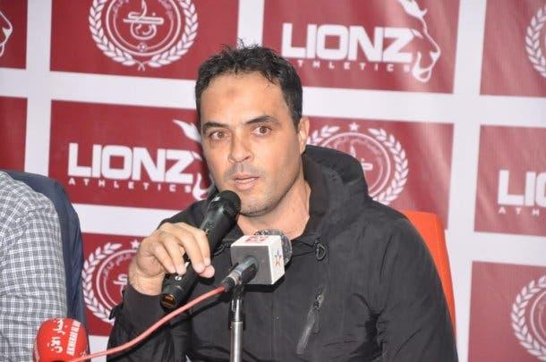 الكوكب المراكشي يقدم المدرب الجديد محمد الكيسر لوسائل الاعلام