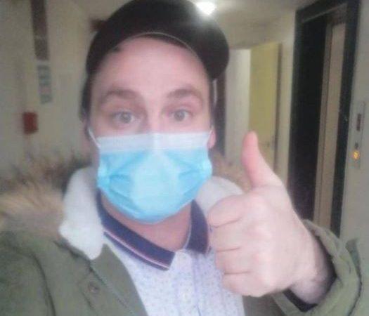 """بعد عام من الإصابة بكورونا.. وفاة المريض البريطاني رقم """"صفر"""""""
