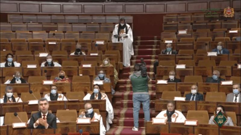 الزي الصحراوي يزين جلسة مساءلة العثماني بمجلس النواب