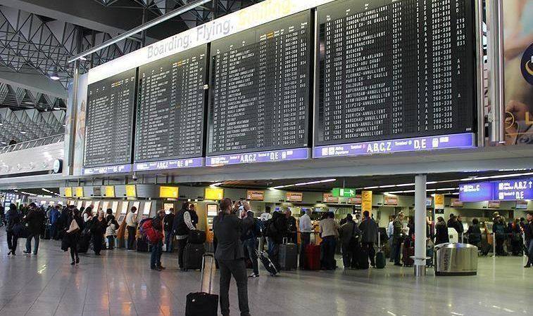 ضريبة جديدة للمغاربة المغادرين من المطارات الهولندية