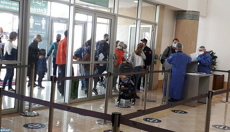 """استنفار بكل من مطاري مراكش و الصويرة بسبب السلالة الجديدة لـ""""كوفيد 19″"""