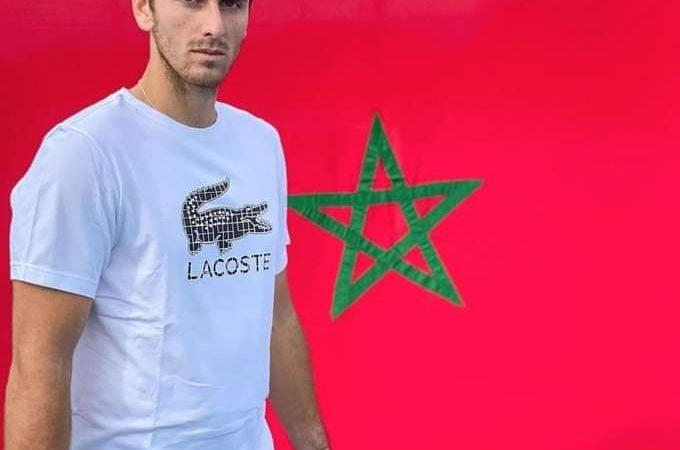 لاعب التنس الدولي بنشتريت يتخلى عن فرنسا ويحمل قميص المغرب في البطولات المقبلة