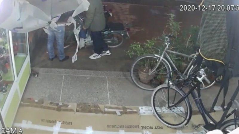 سارق محترف في سرقة الدراجات الهوائية يروع تجار شارع الأحباس بالمسيرة