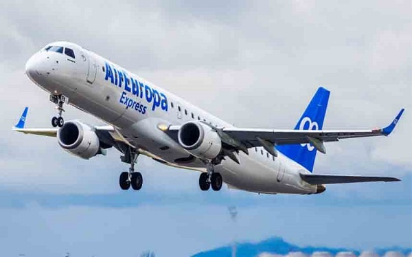 """""""ايبيريا"""" تنهي صفقة شراء شركة طيران """"اير أوروبا"""" مقابل 500 مليون يورو"""