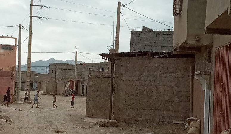 ساكنة دوار آيت مسعود بحربيل تطالب بوضع حد للوبي العقار