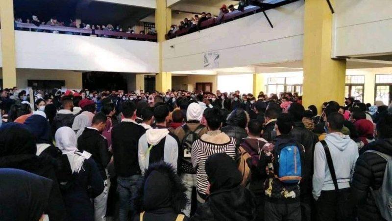 تأخر صرف المنحة يخرج طلبة كلية الحقوق بمراكش للاحتجاج