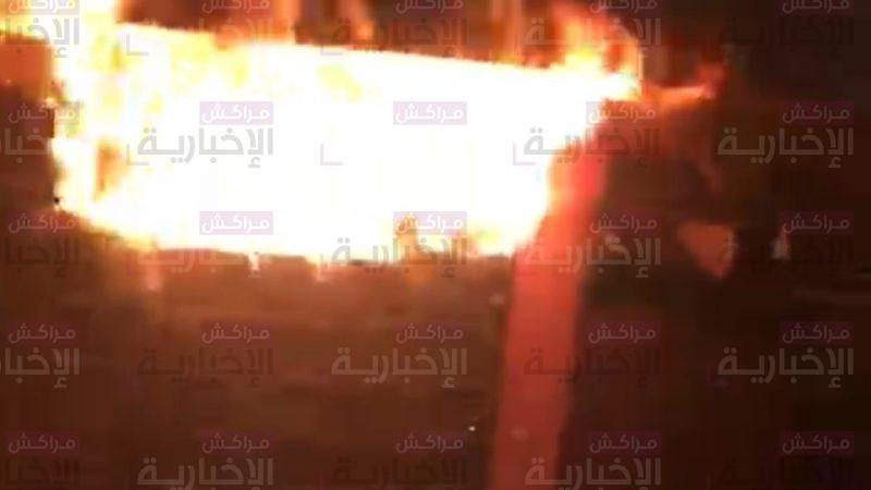 """عاجل : اندلاع حريق مهول بأحد أشهر محلات بيع """" الكفتة"""" بحي بريمة"""
