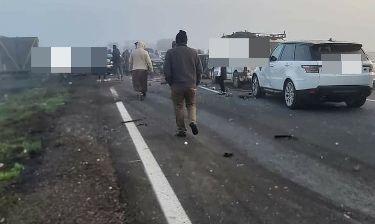 ضباب كثيف يتسبب في حادثة سير خطيرة ويقطع محور الطريق السيار من مراكش نحو البيضاء