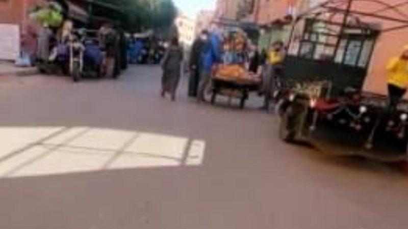 انتشار الباعة المتجولين في حي سكني بالمسيرة 1 يغضب السكان