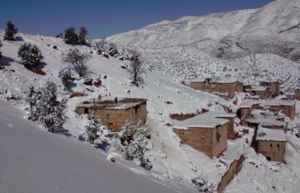 نشرة انذارية..استمرار تساقط الأمطار والثلوج وموجة برد بدرجات حرارة قد تصل إلى 10 تحت الصفر