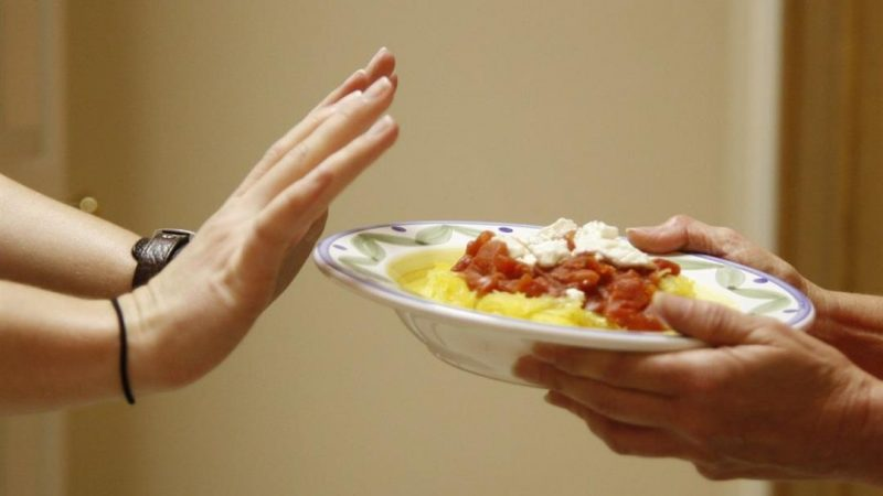 """وجبة العشاء والوزن.. دراسة تكشف """"العلاقة الصادمة"""""""