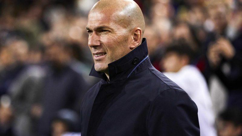 هل يفعلها زيدان ويغادر ريال مدريد؟.. مكالمة هاتفية تكشف السر