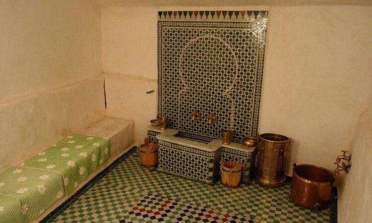 بعد اغلاق دام سنة بسبب كورونا..اٍعادة فتح حمامات شعبية في هذه المدن