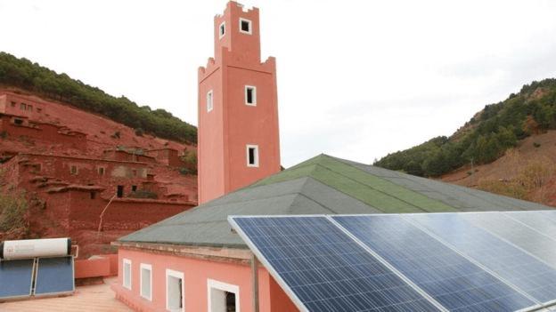 عزيز الرباح: بناء 2200 مسجد يشتغل بالطاقة المتجددة