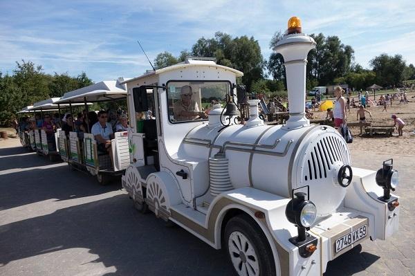 القطار الترفيهي لمدينة ليل الفرنسية يحط الرحال بمراكش