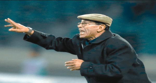 وفاة المدرب السابق للكوكب المراكشي عبد الخالق اللوزاني بسبب فيروس كورونا