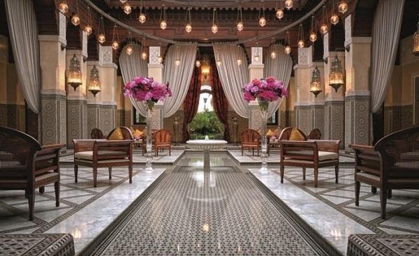 """فندق """"رويال منصور"""" مراكش يحصد 5 نجوم في تصنيف """"فوربس"""" لسنة 2021"""