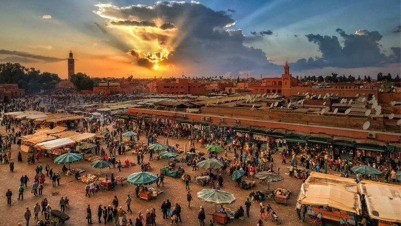 مراكش تتحول إلى ملاذ لمشاهير مواقع التواصل الاجتماعي.. هل من أجل التمتع أم أشياء أخرى؟!