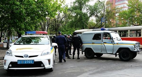 اعتقال خمسة طلبة مغاربة في أوكرانيا من ضمنهم فتاة للاشتباه في تورطهم في عملية اختطاف