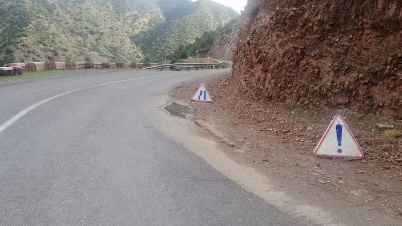 انهيارات صخرية تثير الهلع بين تحناوت و مولاي براهيم