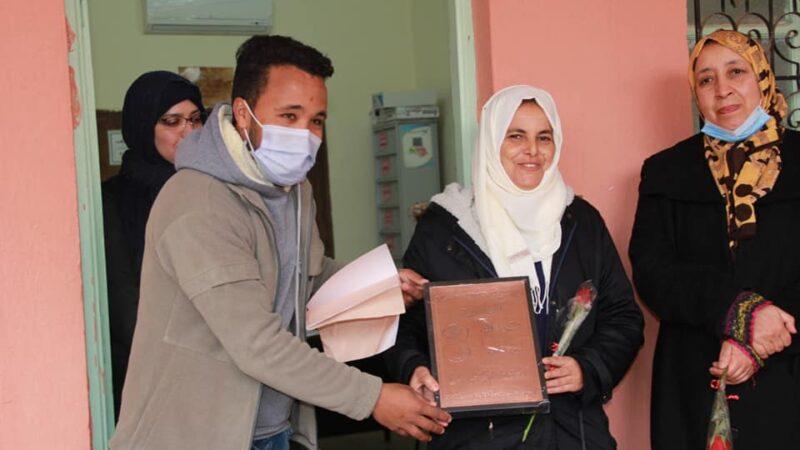 قافلة تجوب المؤسسات بتحناوت لتكريم المرأة بمناسبة 8 مارس+صور