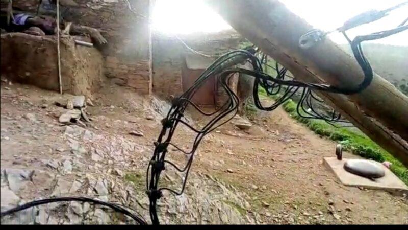 أعمدة كهربائية تهدد أرواح مواطنين بمولاي براهيم