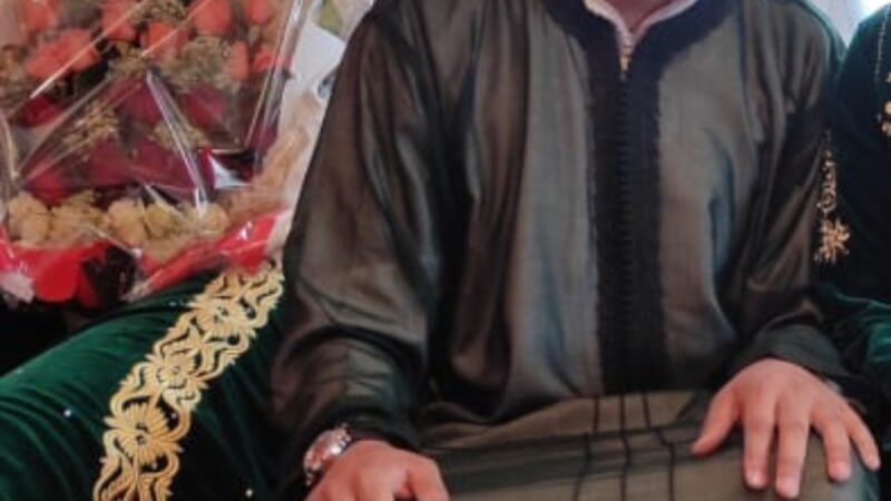 محمد رضا موقس يدخل القفص الذهبي.