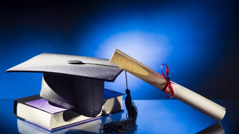 محكمة مغربية تنصف طالب جامعي بسلك الدكتوراه منعه رئيس الجامعة من المنحة الدراسية