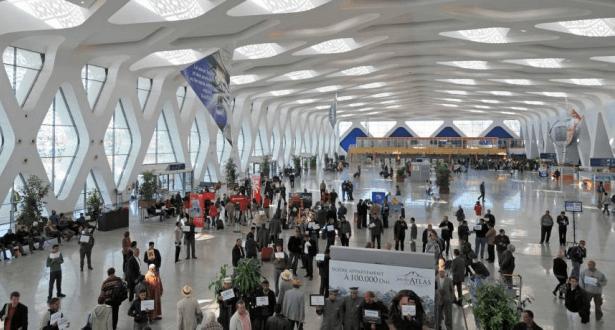أفراد عصابة إجرامية ينتحلون صفة عاملين في مطار مراكش للإطاحة بضحاياهم