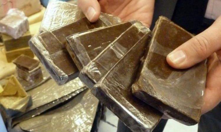 التحقيق مع شركات متورطة في تهريب حوالي 10 أطنان من مخدر الشيرا
