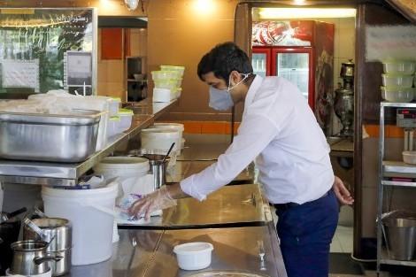 دعم كورونا..التصريح بالعاملين في المقاهي لاستفادتهم من التعويض الجزافي