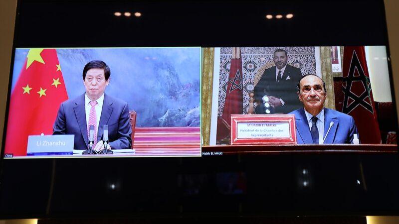 رئيس الجمعية الوطنية الشعبية الصينية يشيد بريادة جلالة الملك محمد السادس في مكافحة جائحة كوفيد-19