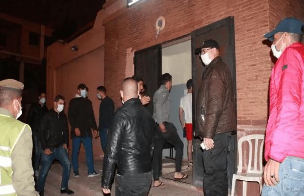 اعتقال 33 شخصا في حملة لفرض حظر التنقل الليلي بأحياء المسيرة