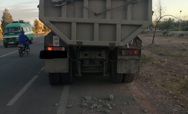بالصور..شاحنة تنهي حياة شابة ضاحية مراكش