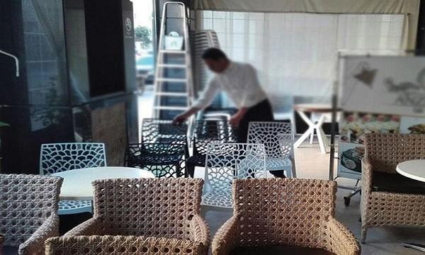 مقاهي مراكش تستعد لفتح أبوابها يوم عيد الفطر وسط مخاوف من قرارات الدقائق الأخيرة