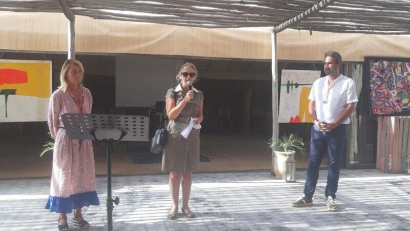 افتتاح معرض فني بأكفاي بحضور السفيرة الفرنسية في المغرب والقنصل العام بمراكش