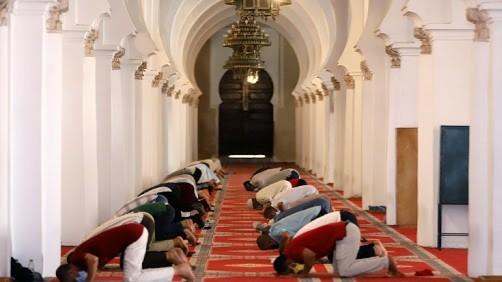 هذه هي الجدولة الزمنية لإعادة فتح المساجد المغلقة