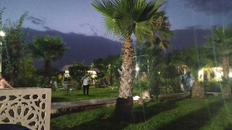مطعم ضاحية مراكش يثير امتعاض زبائنه في غياب الرقابة