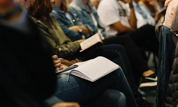 """اختيار 6 طلاب دكتوراه جدد و 4 دكاترة في إطار المرحلة الثانية من برنامج المنح الدراسية """"توبقال 2021"""""""