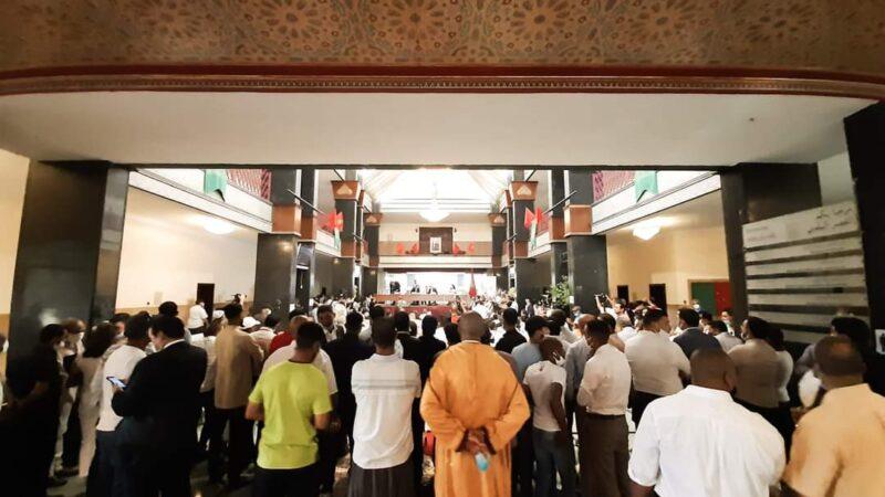 """سلطات مراكش تحول مقر المجلس الجماعي إلى """"جوطية"""""""